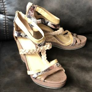 Size 6 NY & Co cork faux snakeskin wedges.